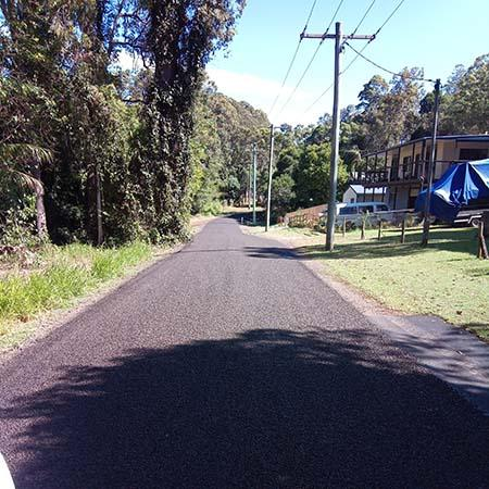 Picture of Tewah Street at Boreen Point for road resealing media release